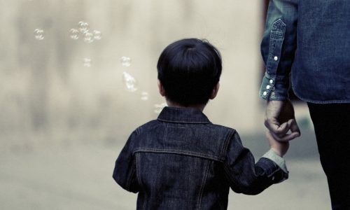 6 Big DON'TS When Discussing Divorce With Your Children!