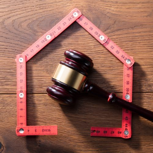 What Happens in a Foreclosure When Divorcing?